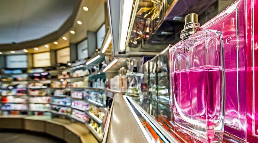 Blanda dofter och skapa din egna favorit parfym